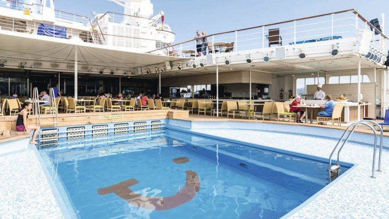 El Thomson Spirit ha comenzado a utilizar Málaga como puerto base.