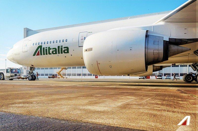 Alitalia con cinco vuelos directos por semana entre Roma y Santiago de Chile.