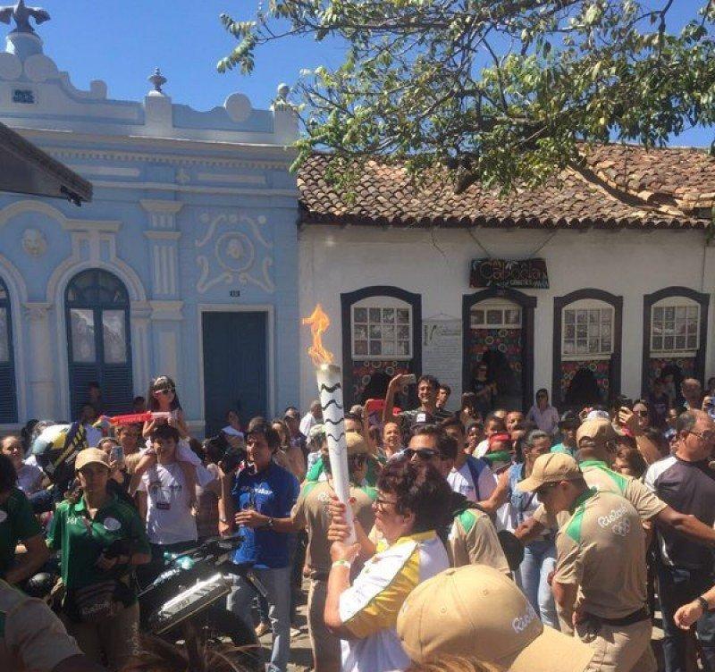 La antorcha olímpica en la ciudad de Goiás.