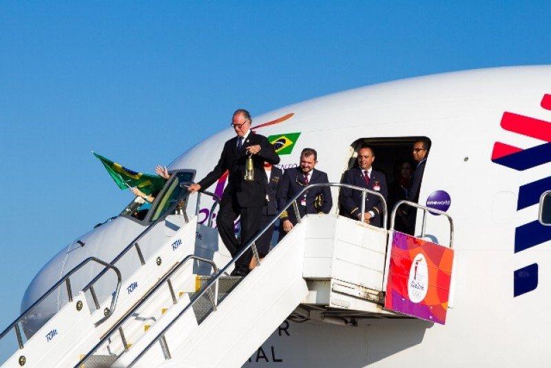 Brasil promueve sus destinos turísticos con recorrido de la antorcha olímpica