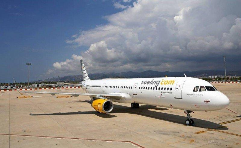 El Airbus A321 reforzará las operaciones de Vueling en los aeropuertos de Tenerife N y Gran Canaria, dada la alta demanda de sus rutas con el archipiélago.