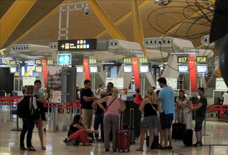 El tráfico en los aeropuertos españoles crece un 12% hasta mayo