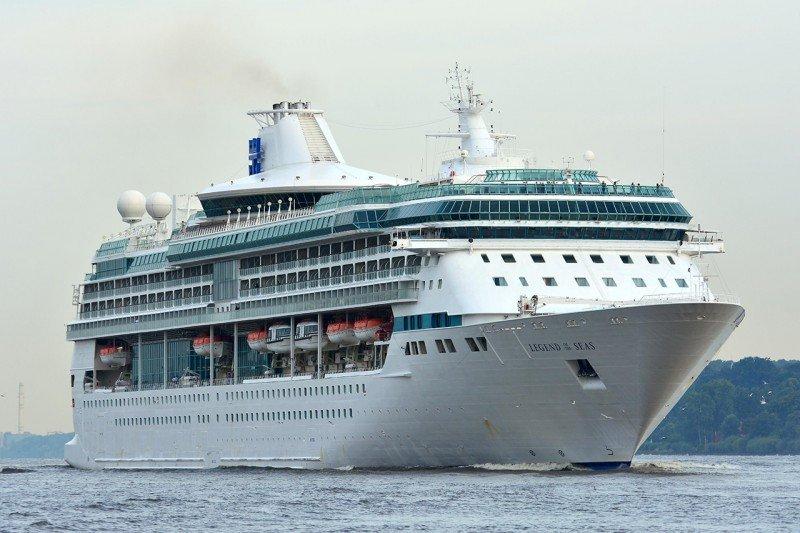 Royal Caribbean vende el Legend a TUI Group
