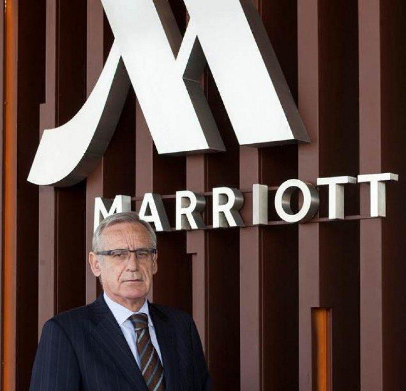 'Éste es un hotel más de futuro que de presente, gracias al empuje de su renovación y de Marriott', según su director, Pablo Vila.