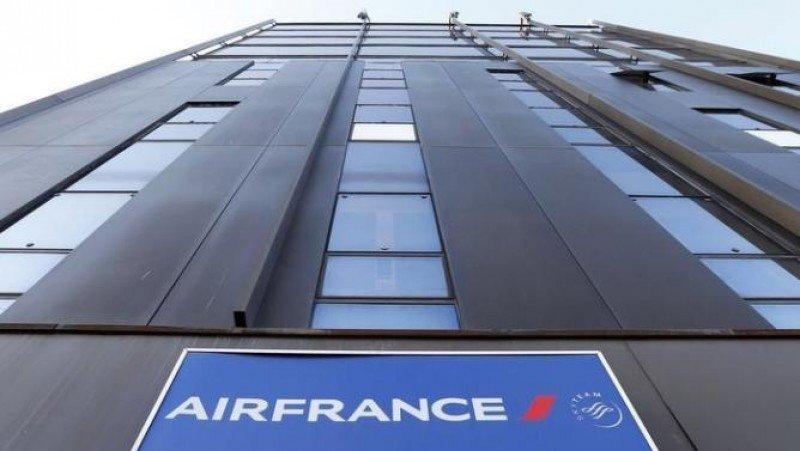 Air France protege su participación en Amadeus