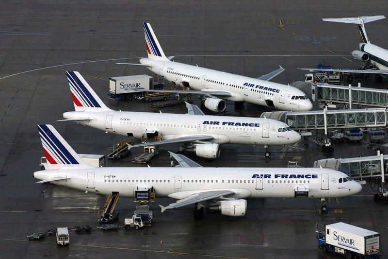 Huelga en Air France: 1.030 vuelos cancelados y 127.000 viajeros afectados