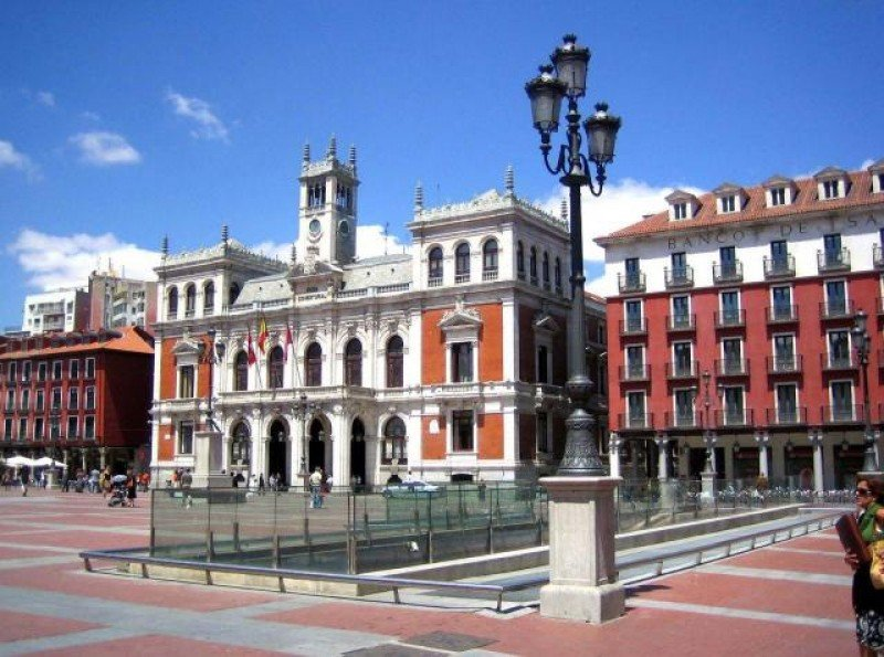 Valladolid diseña una estrategia para incrementar sus visitantes en un 20%