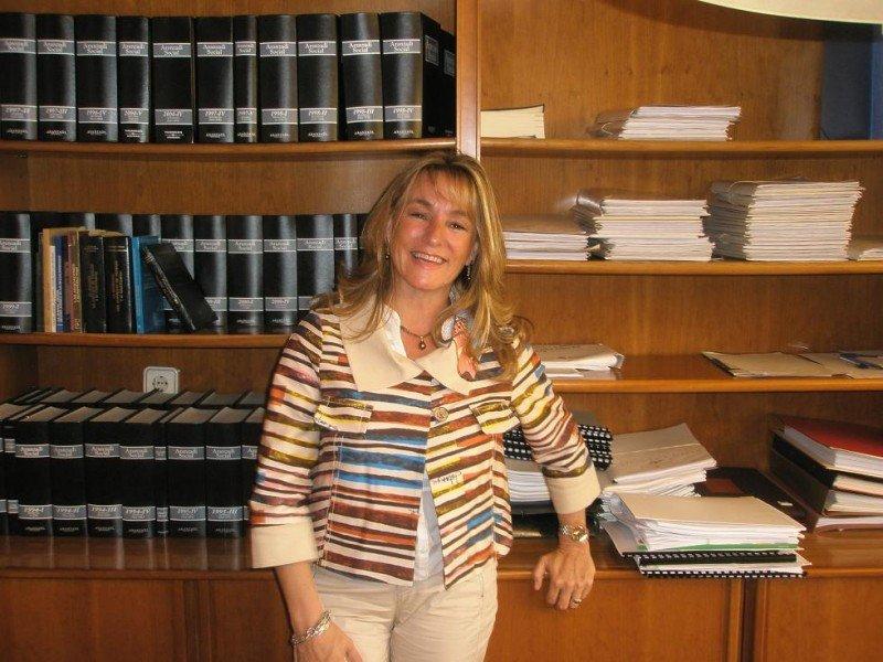 Ana Beriain se ha propuesto estrechar la relaciones con las Administraciones nacionales y locales.