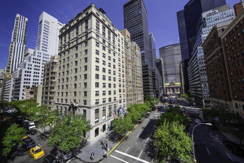 El Iberostar New York ocupa un edificio emblemático de piedra y ladrillo de 1928 en pleno Manhattan.