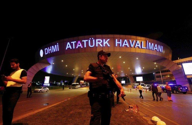 Reabre  El Aeropuerto Atatürk de Estambul vuelve a operar