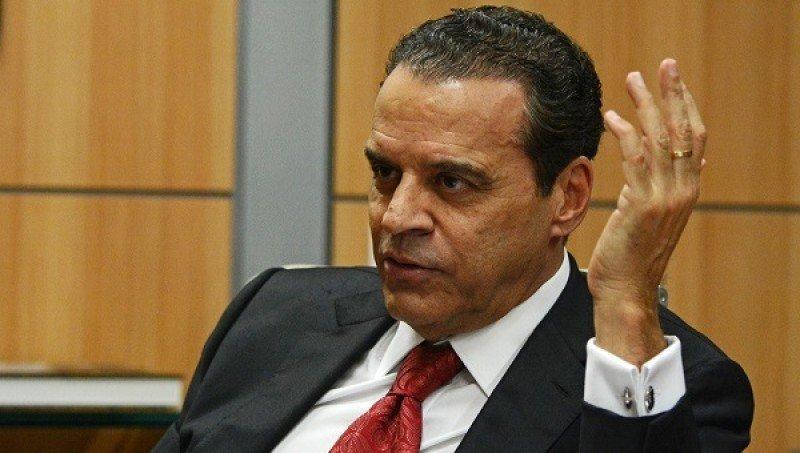 Ministro saliente Henrique Alves.
