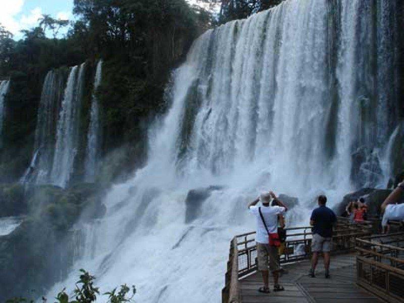 Puerto Iguazú superó los 520.000 visitantes