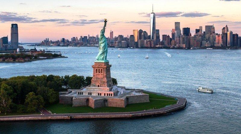 Nueva York presenta los barcos que ofrecerán su nuevo servicio de ferris
