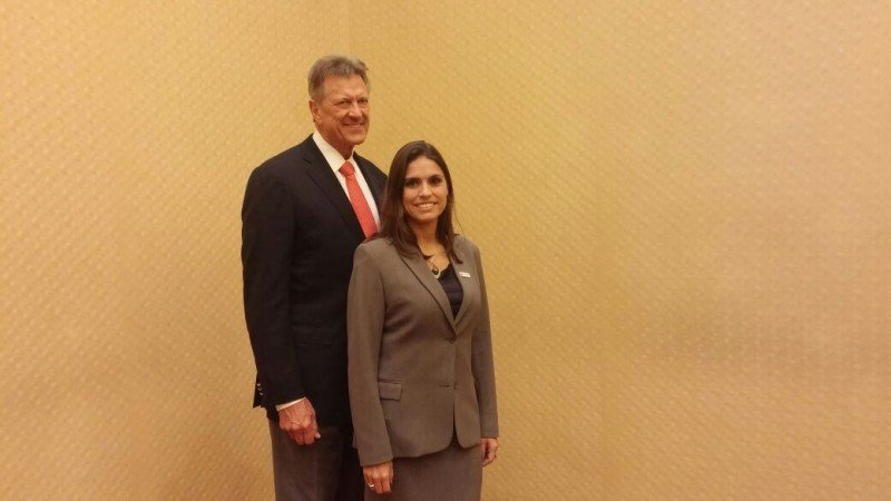 Dic Marxen, presidente y CEO y María Alba, directora de CCRA Argentina.