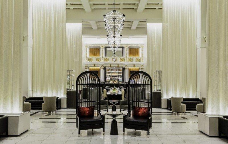 Nuevo lobby del Boston Park Plaza.
