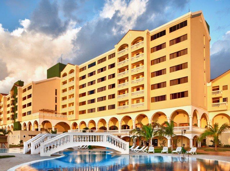 El Hotel Quinta Avenida es desde este martes un Four Points by Sheraton.
