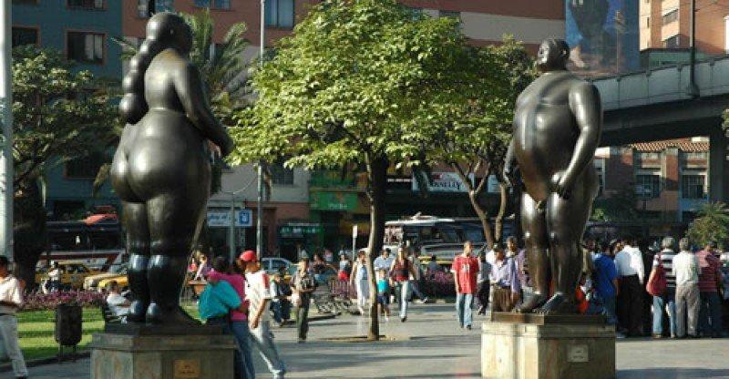 Los gordos de Botero identifican a la ciudad.