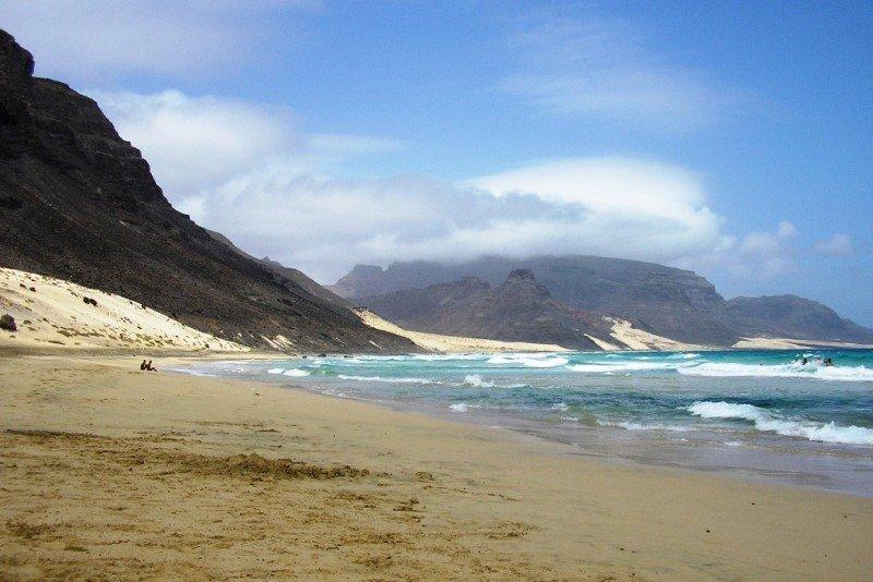 Meliá gestiona, entre hoteles operativos y en proyecto, 3.140 habitaciones en Cabo Verde.