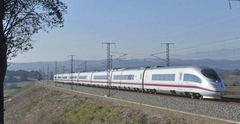 La línea del AVE Barcelona-Figueres fue una de las afectadas por el sobrecoste.