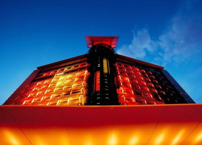 El nuevo CEO de la cadena, Javier Tobar, ha pasado por la Dirección de cuatro de sus hoteles en Madrid, entre ellos el Silken Puerta América.