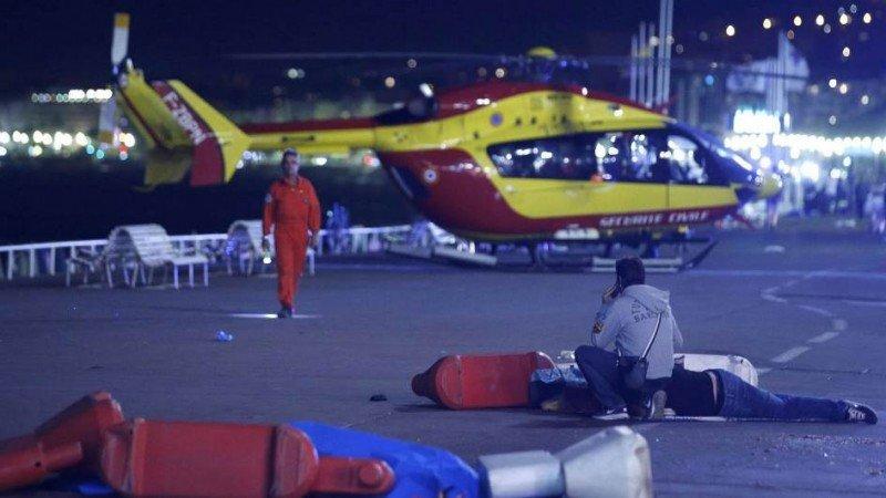 Al menos 84 muertos en un atentado en Niza