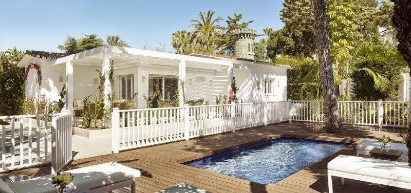 La villa Margarita, con tres dormitorios, sala de juegos, cocina americana y comedor, es idónea para familias.