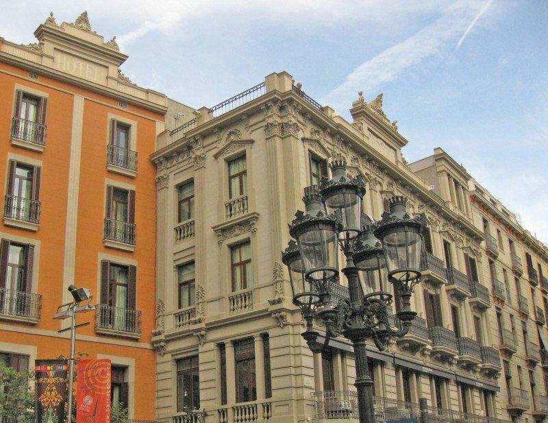Husa vende el Hotel Internacional de Barcelona por 11,25 M €