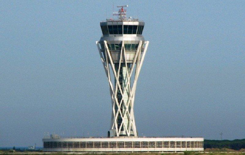 Tres aeropuertos españoles operan al límite