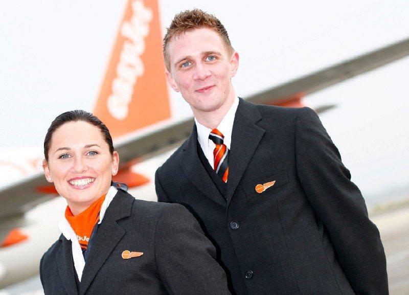 easyJet busca más de 1.200 nuevos tripulantes de cabina