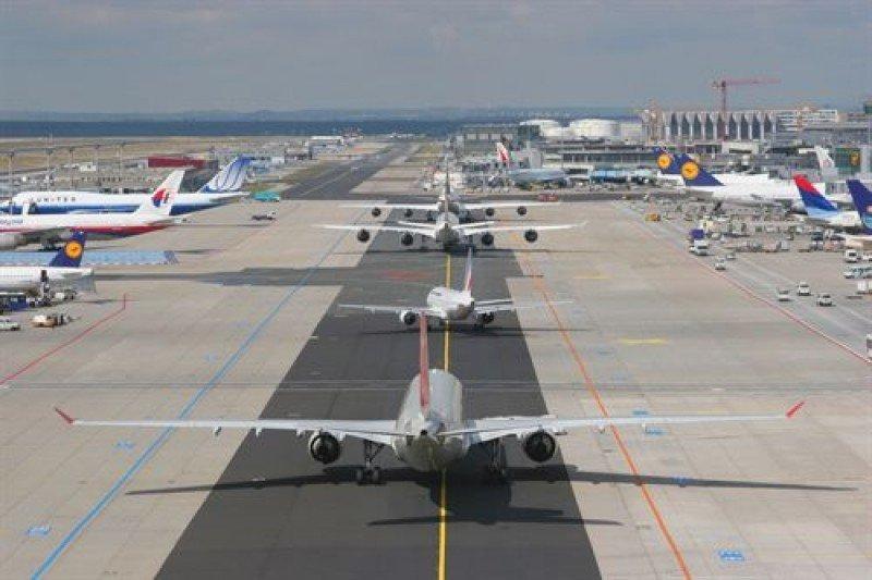 El tráfico aéreo mundial supera los 3 millones de vuelos por primera vez en junio