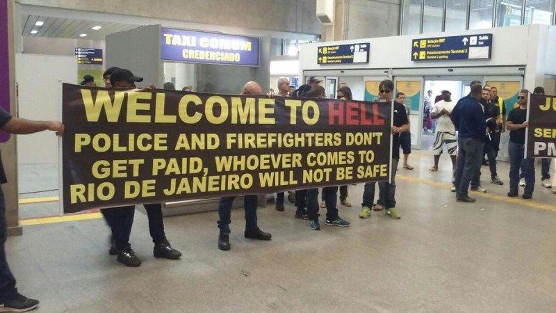 'Bienvenidos al infierno', denuncia la policía de Río en vísperas de JJOO