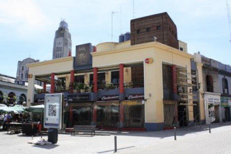 La Intendencia de Montevideo tiene intenciones de instalar su División Turismo en la proa del Mercado del Puerto.