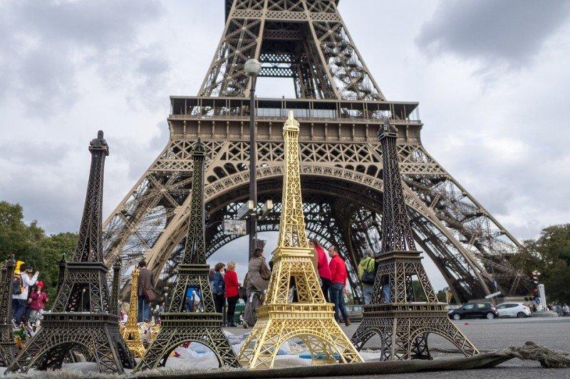 Se suaviza la caída del turismo en París tras los atentados del 2015