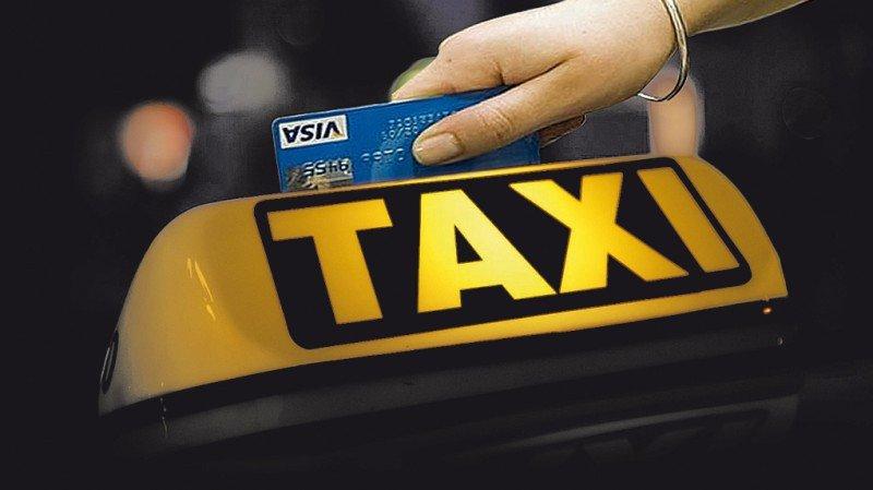 Taxistas de Buenos Aires podrán recibir pagos con tarjetas de crédito
