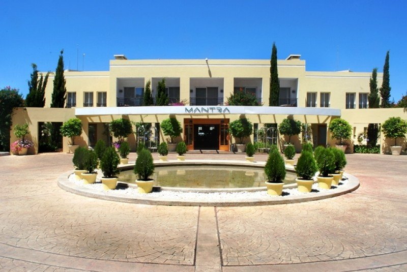 El hotel Mantra cambia de nombre y ajusta su estrategia: en 14 años nunca dio ganancias.