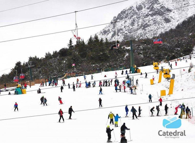 Municipio de Bariloche cuestiona servicio del concesionario de Cerro Catedral