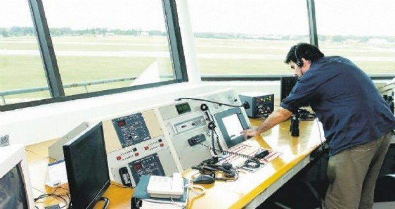 Paros de controladores aéreos distorsionarán tráfico en Uruguay