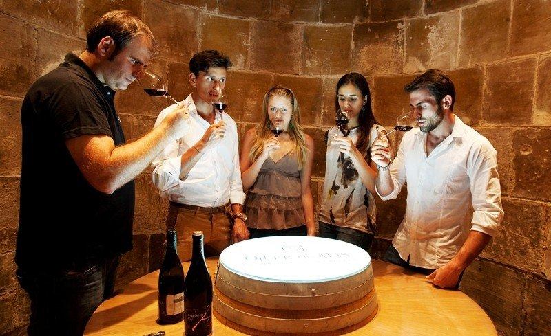 Enoturismo en la DO Bages, Cataluña. Imagen: Castlexperience