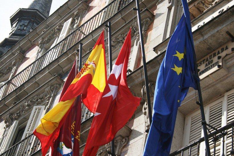Agencias de Madrid rechazan la nueva legislación de la Comunidad