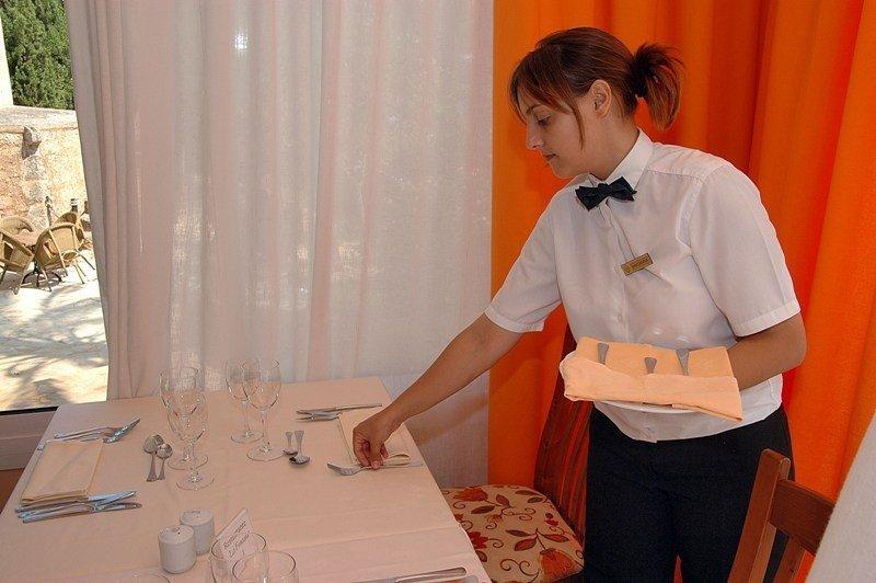 CCOO advierte que que la precariedad laboral origina una merma en la profesionalidad y la calidad de la oferta turística.