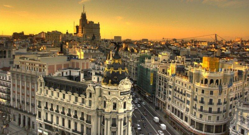 Agencias de Madrid colaboran contra las despedidas de soltero ilegales
