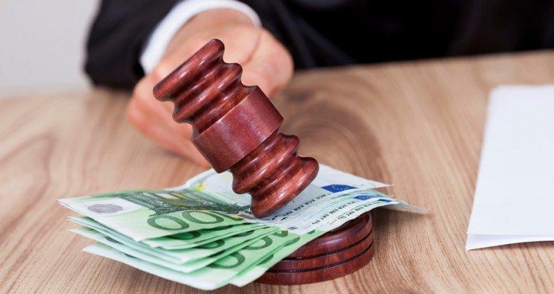 El Constitucional anula varios tipos de tasas fijas y variables para el acceso de las pymes a la justicia.