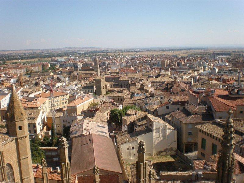 Dos tercios de las viviendas registradas se ubican en las comarcas altoaragonesas. En la imagen, Huesca.