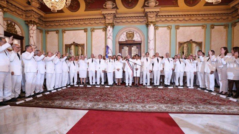 Ceremonia de nombramiento de los ministros para el mandato 2016-2020.