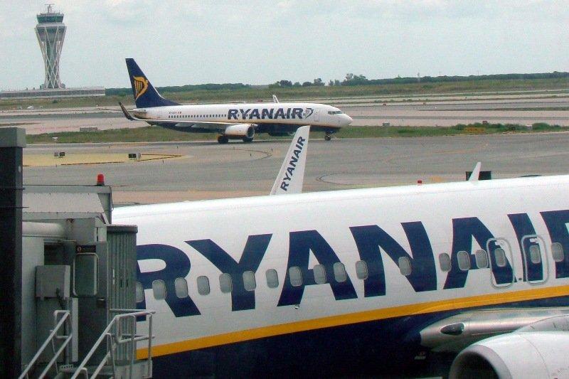 Las compañías de bajo coste Ryanair, Easyjet y Vueling acapararon el 33,3% del total del flujo aéreo de pasajeros.