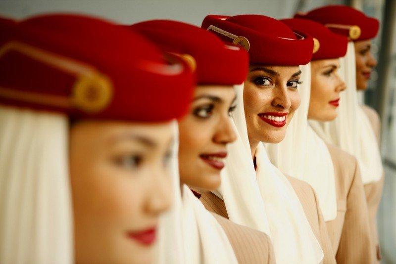 Emirates prevé  incorporar a 5.000 tripulantes de cabina este año en todo el mundo.