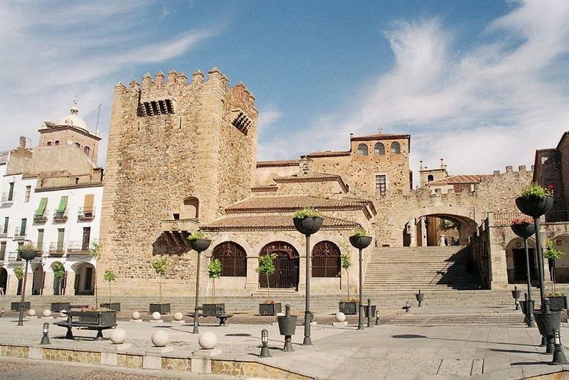 Este tipo de oferta se encuentra operativa en el 70% de las poblaciones turísticas de Extremadura. En la imagen, Cáceres.
