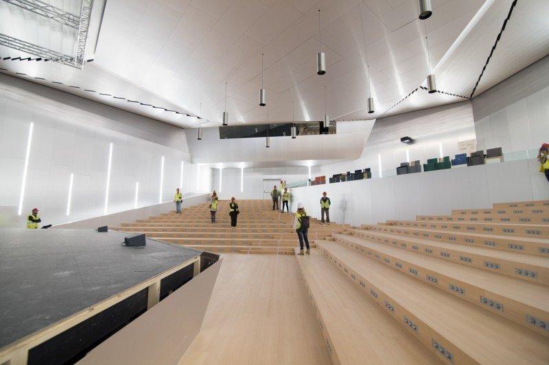 Interior del nuevo palacio de congresos de Palma de Mallorca, aún por inaugurar.