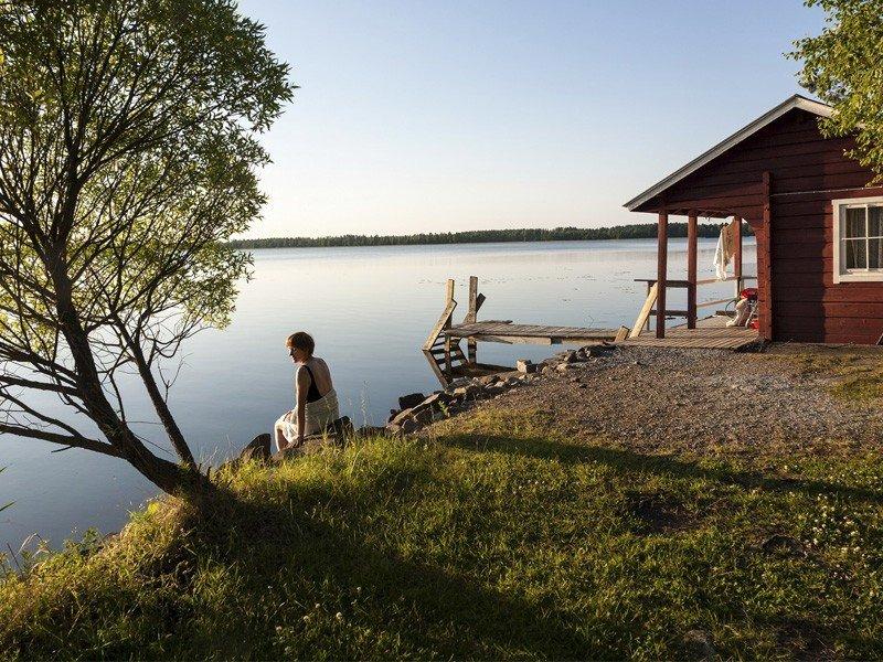 """Turismo de Finlandia nos da la bienvenida en su portal oficial de turismo con un mensaje que dice """"Silence, please"""" (Silencio, por favor, en inglés)."""