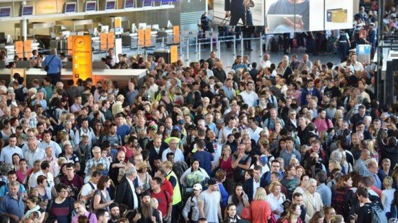 Evacúan parte del Aeropuerto de Frankfurt durante dos horas